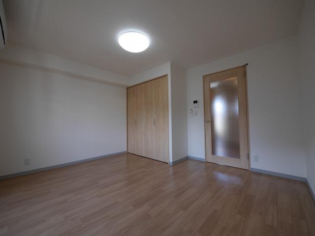 コーポブルボン  1階