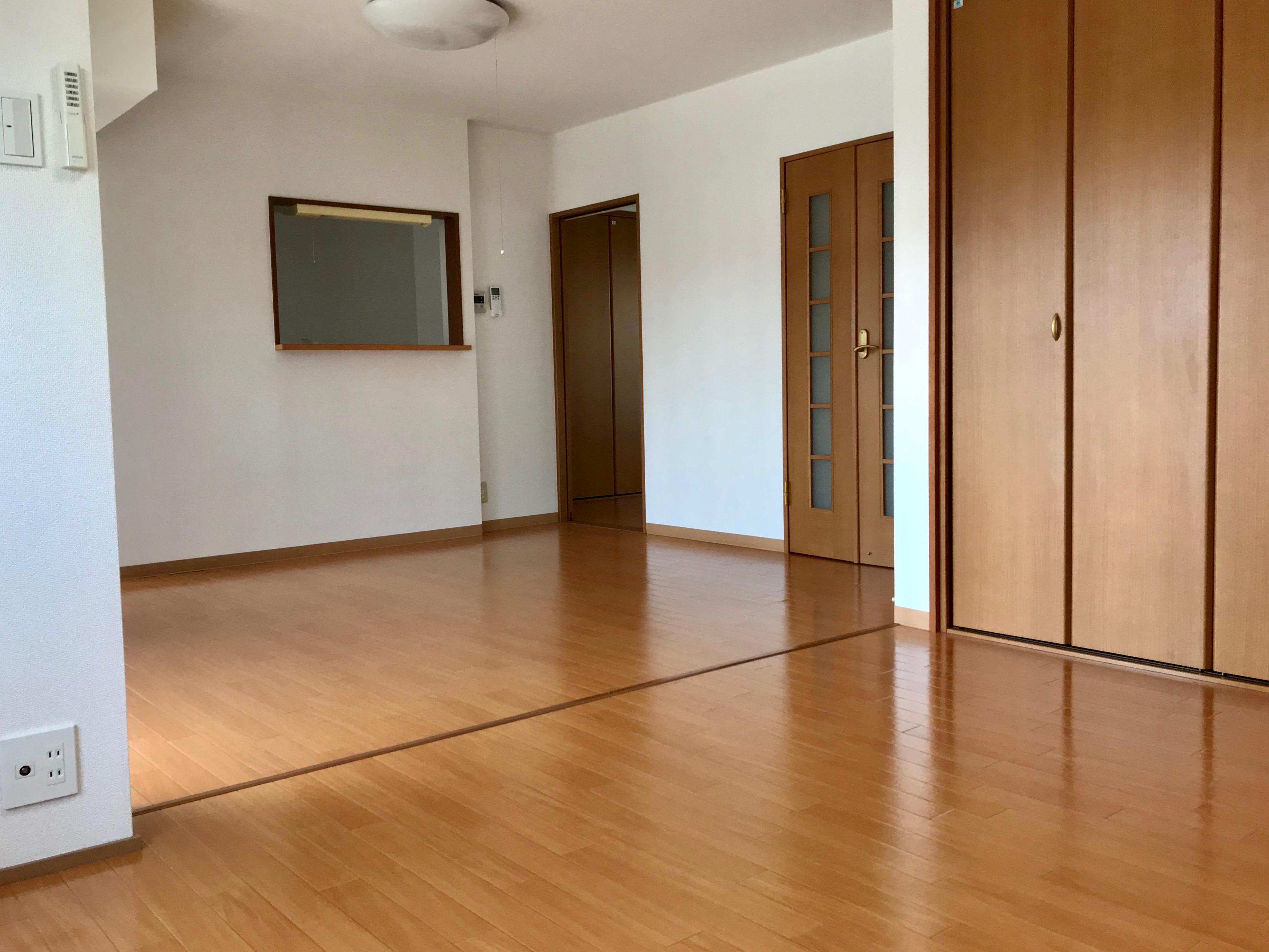奥井ハイツ 1階
